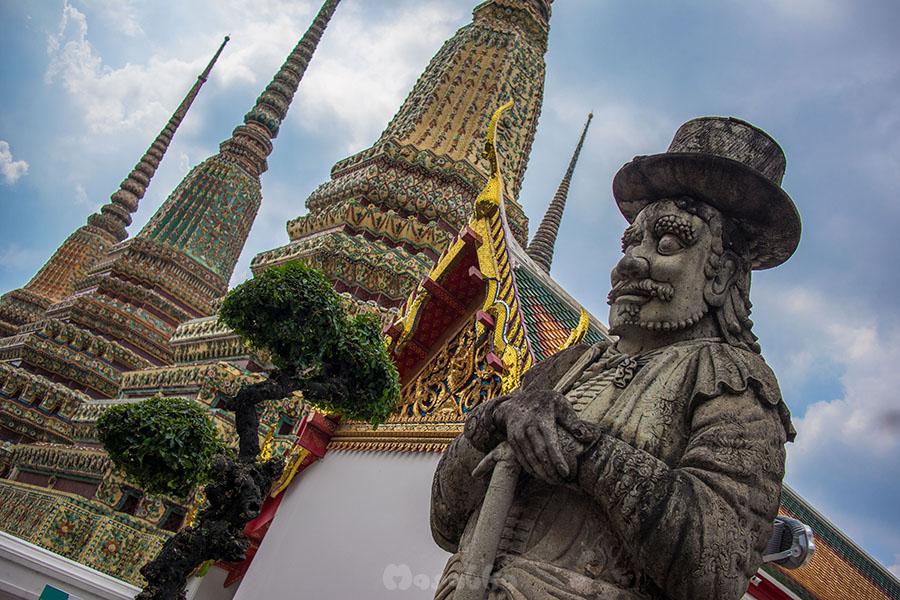 Kompleks świątynny Wat Pho w Bangkoku- zdjęcie 17