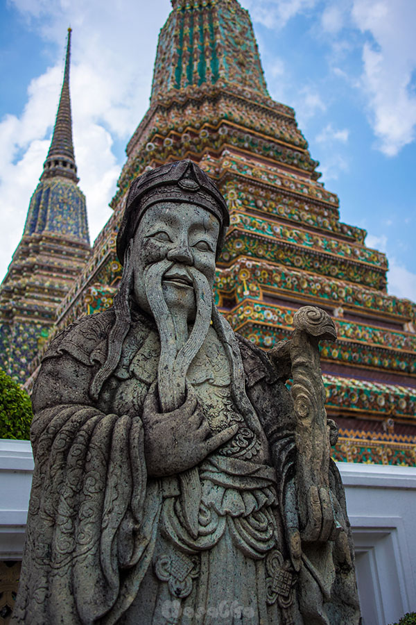 Kompleks świątynny Wat Pho w Bangkoku- zdjęcie 9