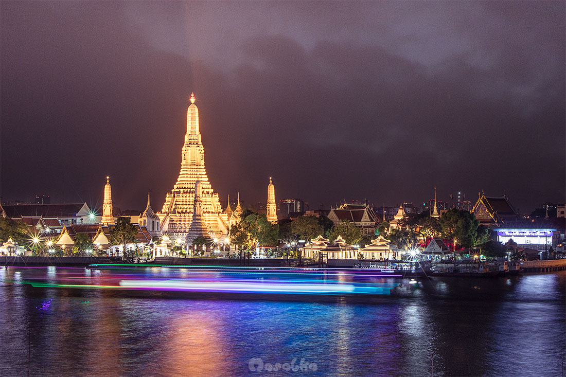 bangkok budżetowo- widok na wat arun