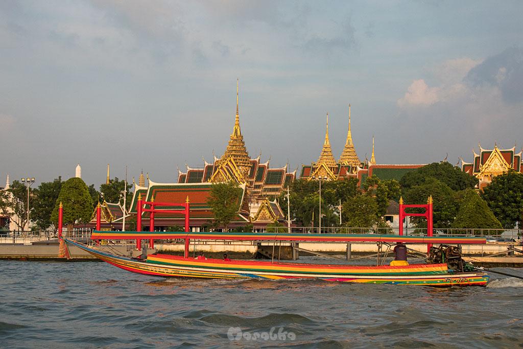 tramwaj wodny w bangkoku