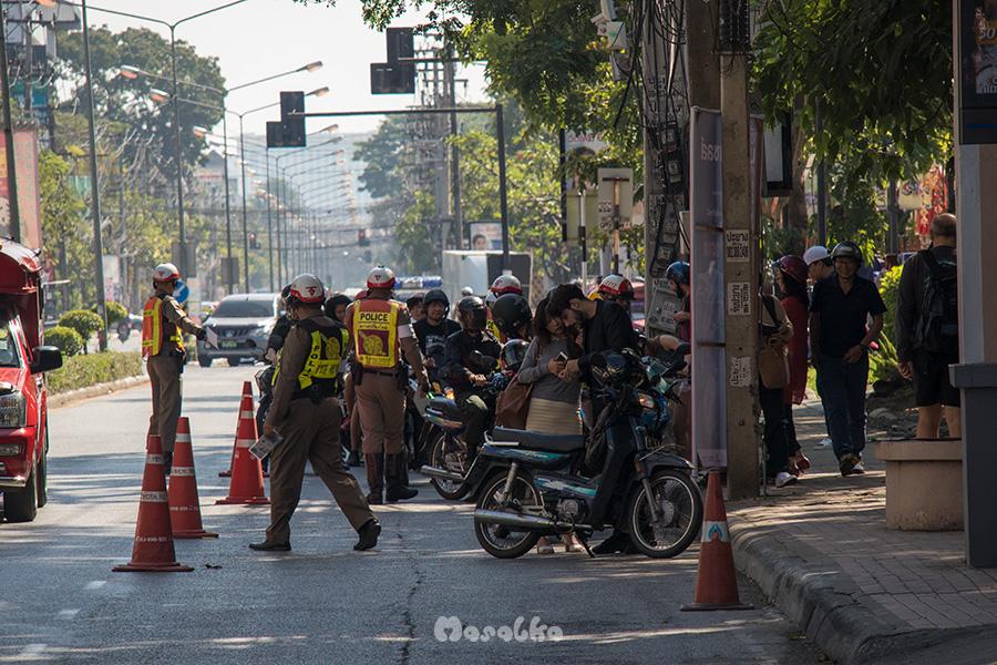 policyjna pułapka w chiang mai